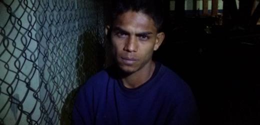Policía sorprende en Chalchuapa a pandillero que utilizaba moto hurtada para asaltar