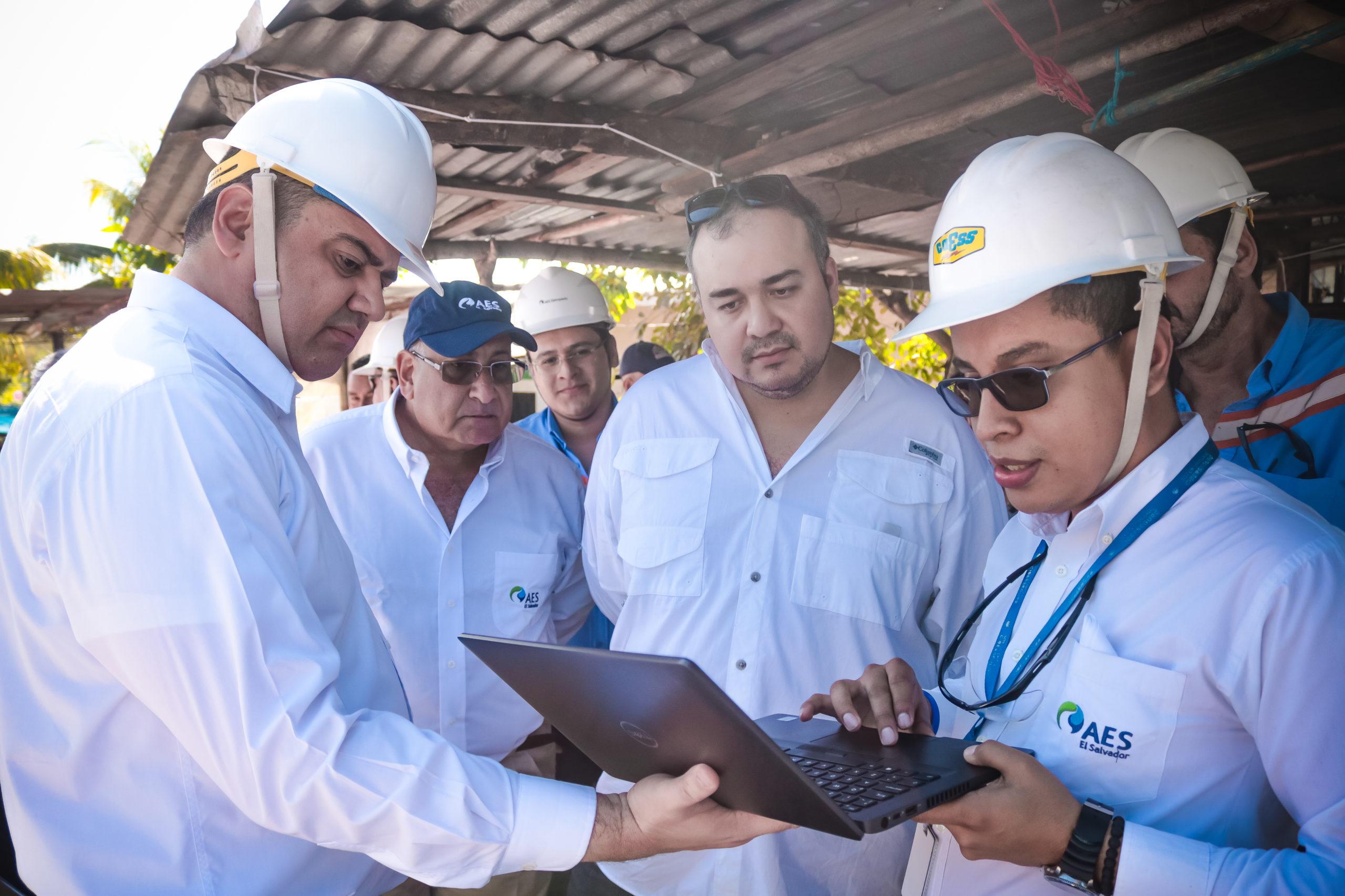 AES moderniza red eléctrica en La Campanera