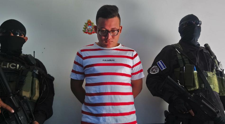Policía captura a sujeto por homicidio agravado en Aguilares