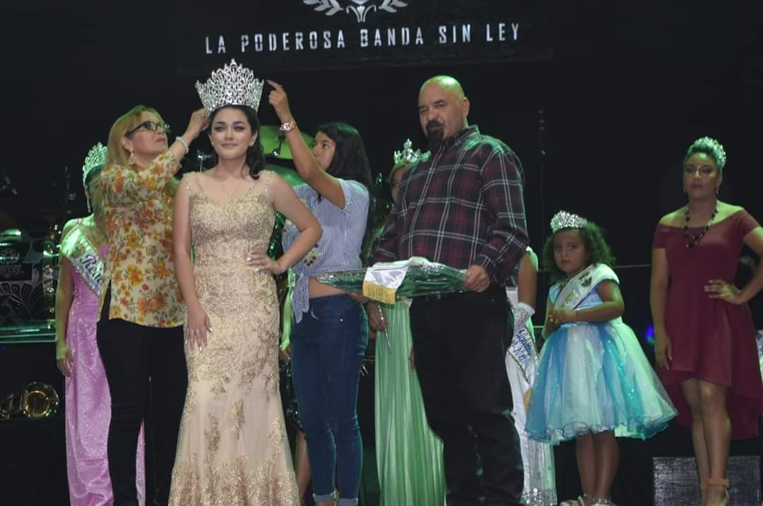 San Sebastian Salitrillo corono a su primera Reina de los Batanecos en el Exterior