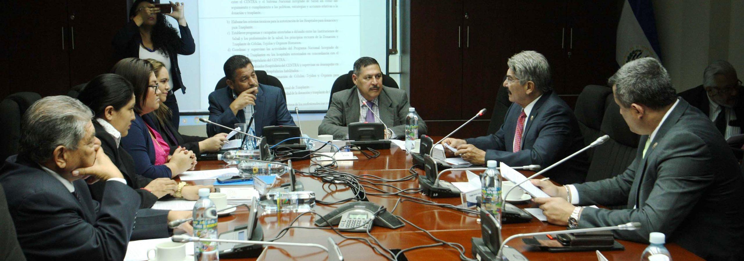 CENTRA ejercerá control de los procesos de trasplantes y donación de órganos en El Salvador