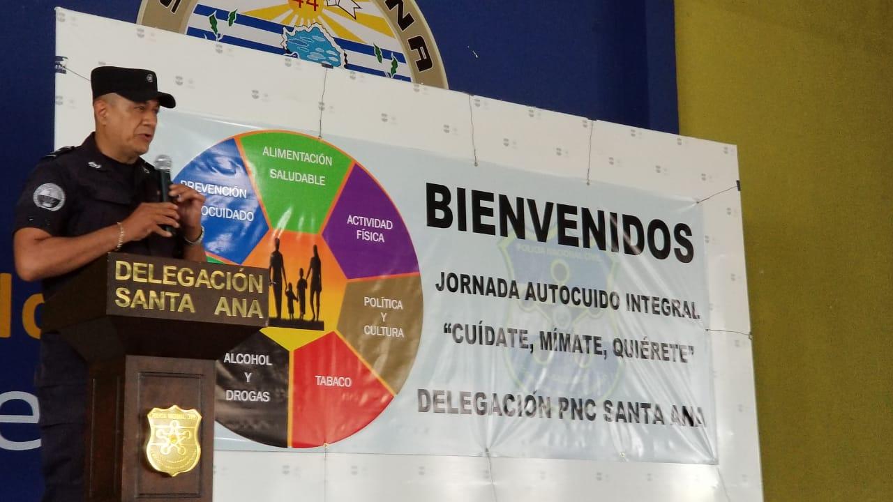 PNC en Santa Ana participa de una jornada de autocuido integral