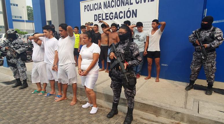 Capturan a homicidas de un soldado y extorsionistas que operaban en distintos puntos de La Paz