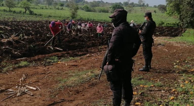 Policía garantiza la seguridad en zona cañera de Santa Ana y San Miguel