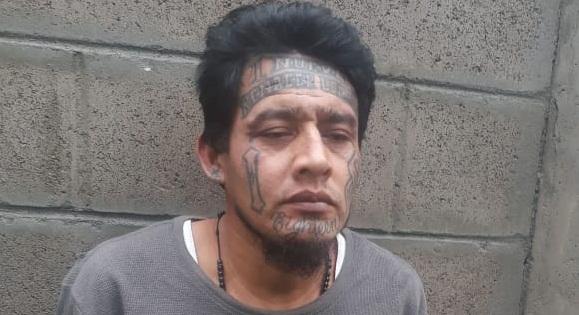 Policía detiene a uno de los 100 más buscados en Cuscatlán