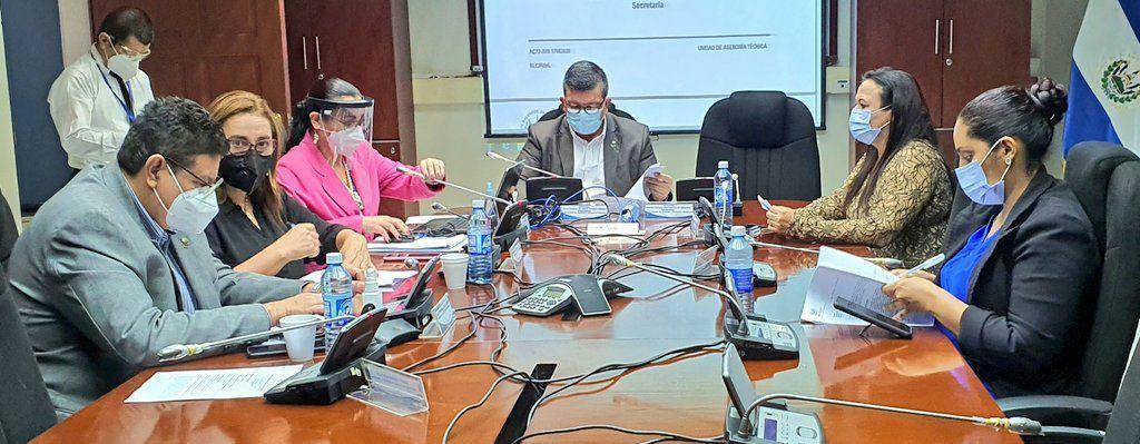 Avanza estudio sobre proyecto de ley para proteger a personas defensoras de los derechos humanos