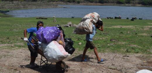 Club Rotario coordina limpieza de Guija en el Dia de la Tierra