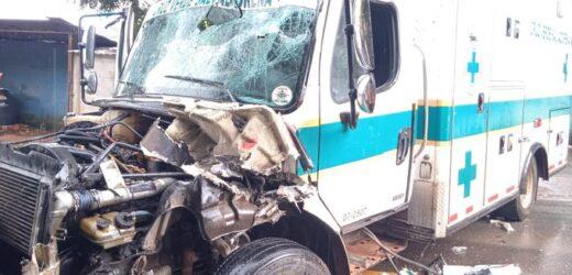 Dos lesionados en accidente