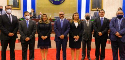 Diputados eligen a miembros del nuevo pleno del Consejo Nacional de la Judicatura